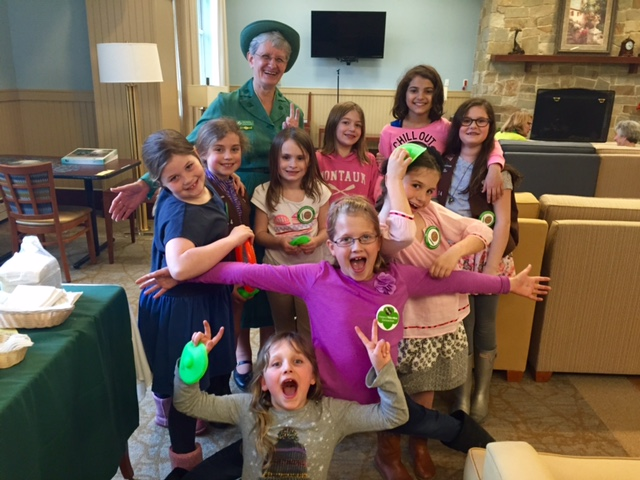Brownie Troop 69134 with Nancy Marshall, GSEM Museum Volunteer